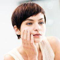 Чим і як зволожити шкіру обличчя в домашніх умовах