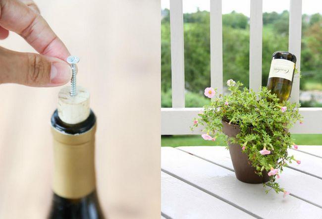 Система поливу рослин з пляшок