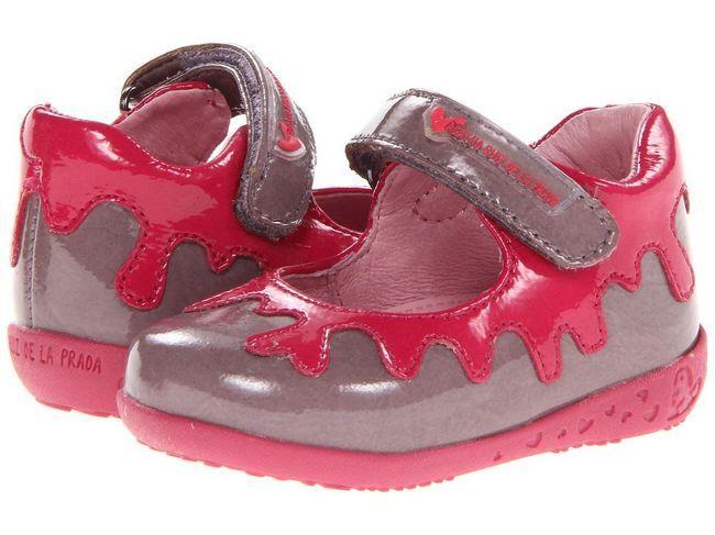 Де купити дитяче взуття та як її вибирати?