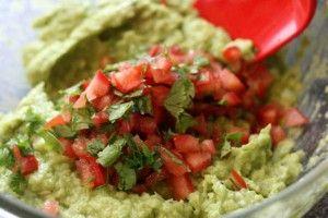 Гуакамоле - мексиканська закуска з авокадо
