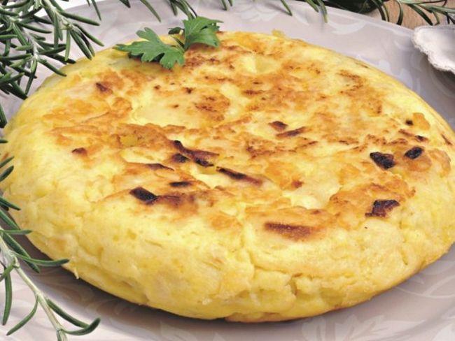 Іспанська тортилья - смачний картопляний пиріг за 10 хвилин