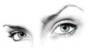 Як фарбувати очі щоб вони здавалися більше