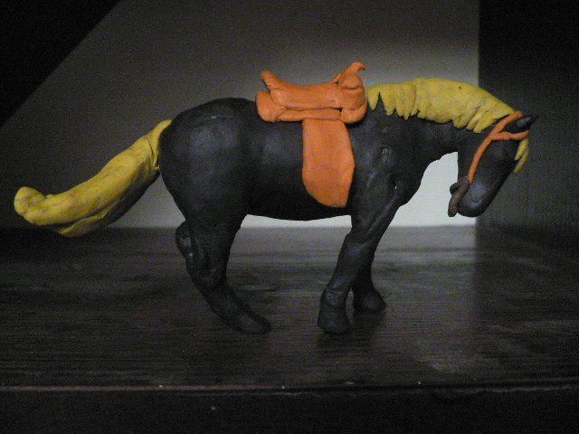 Як зробити кінь з пластиліну: покрокова інструкція для дітей та їх батьків з фото і відео - матеріалами
