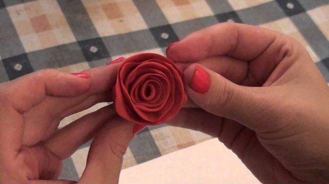 Як зробити троянду з пластиліну своїми руками: від найпростішого варіанту до складнішого