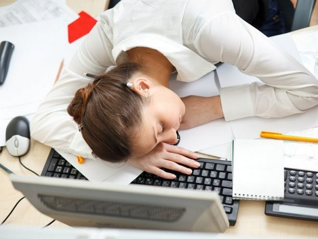 Як зняти втому на роботі?