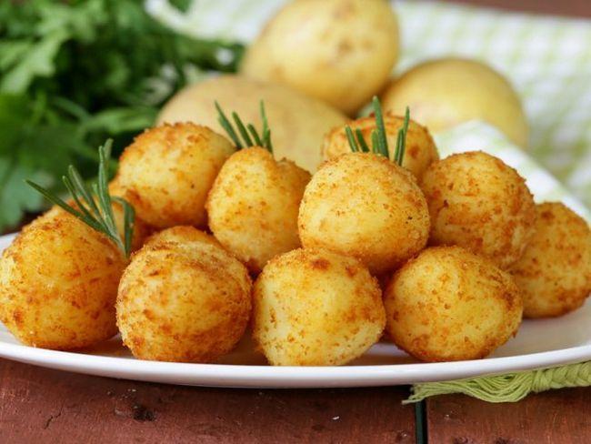 Картопляні крокети з селерою