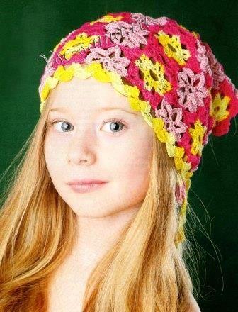 косинка для дівчинки гачком з квіток