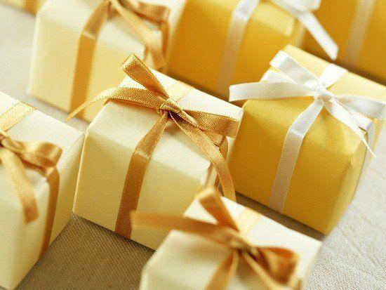 Креативні подарунки своїми руками: найоригінальніші ідеї креативних подарунків, які підійдуть для будь-якого торжества