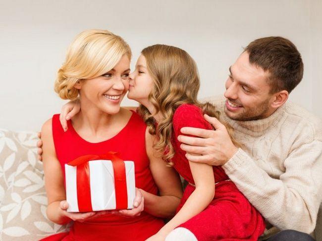 Найкращі подарунки для дітей різного віку на 1 вересня