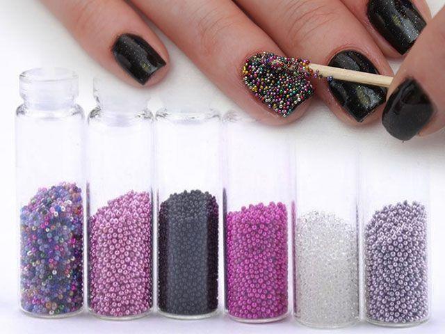 Модний манікюр з бульонкамі - дизайн нігтів з бульонкамі