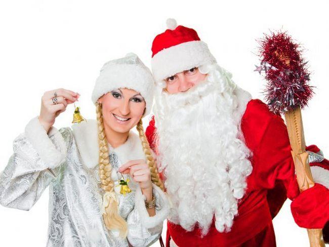 Новорічний бізнес - дід мороз і снігуронька