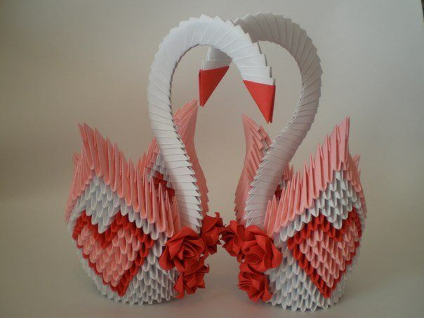 Орігамі з трикутних модулів: орігамі з трикутних модулів на прикладі вази, кішки і зайця в японському стилі, сови і голуба з покроковими ілюстраціями і відеоматеріалами