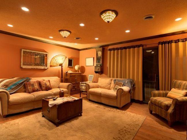 Освітлення будинку - як зробити красиво?