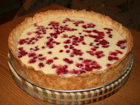 Пиріг з червоною смородиною