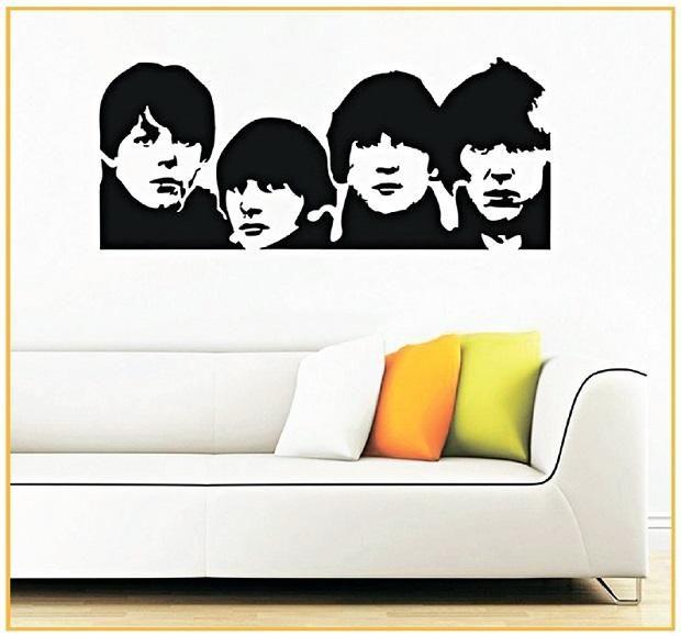 Зображення четвірки Ліверпуля на стіні