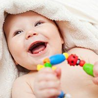 Скільки зубів має бути у дитини в 2 роки, можливі проблеми