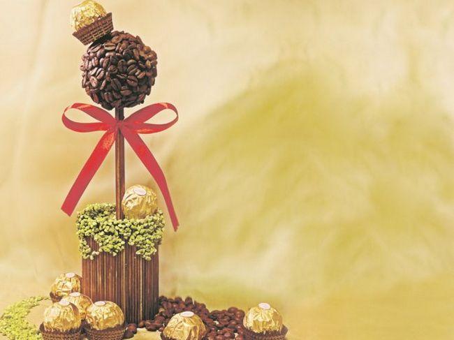 Створюємо декоративне дерево з кавових зерен