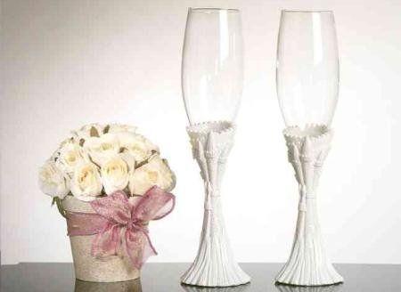 Весільні прикраси своїми руками: майстер клас для тих, хто хоче зробити оригінальний подарунок молодятам, гігантська троянда для нареченої, прикраса столу і келихів