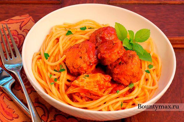 Томатний соус з котлетками до спагетті