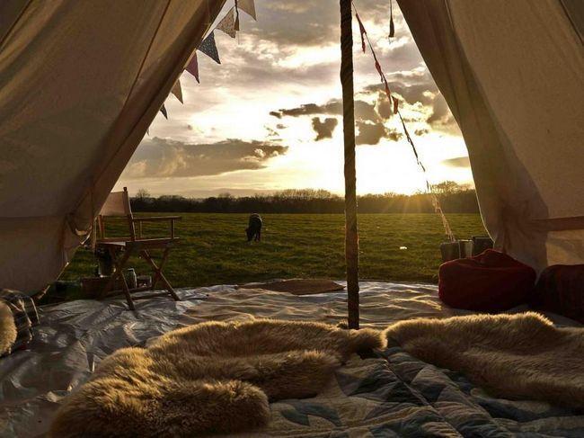 Осінній похід палатка