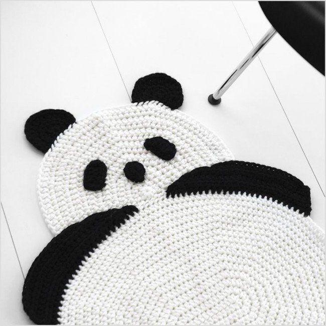 Утилітарне рукоділля: килимки своїми руками для будинку - з помпоном, з клаптиків, а також уроки килимовій вишивки