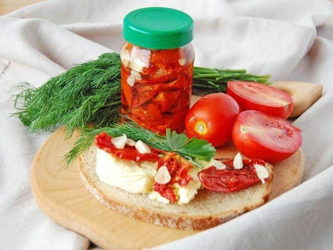 В`ялені помідори на зиму в мікрохвильовці
